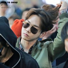 160328 Key at Incheon Airport go to China