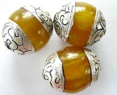 Tibetan Beads Beaded Jewelry, Ethnic Jewelry, Jewelry Crafts, Jewelery, Gourd Art, Beads, Antiques, Art Dolls, Baskets