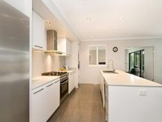 Modern galley kitchen design using granite - Kitchen Photo 351220