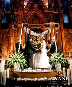 15 Ideas for a Fabulous Floral Chuppah - Jewish Wedding Canopy Wedding Chuppah, Wedding Canopy, Wedding Ceremony, Our Wedding, Dream Wedding, Wedding Blog, Wedding Stuff, Reception, Harry Wedding