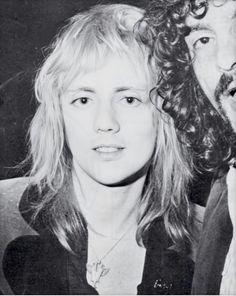 So fucking hot! Queen Drummer, Drummer Boy, Roger Taylor Queen, Evil World, Queen Aesthetic, Ben Hardy, Queen Photos, Real Queens, Greatest Rock Bands