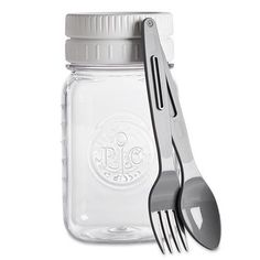 Shop The Pampered Chef Make & Take Mason Jar and other top kitchen products. Explore new recipes, get cooking ideas, and discover the chef in you today! Mason Jar Crafts, Mason Jar Diy, Snack Jars, Plastic Mason Jars, Diy Crafts For Adults, Pampered Chef, Bath Bombs, Homemade Gifts, Craft Supplies