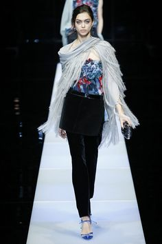 Giorgio Armani Fall 2015 RTW Runway - Vogue-Milan Fashion Week