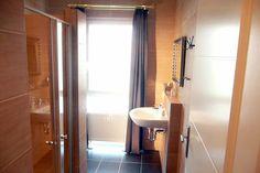 Bildergalerie - HOTEL BREMEN - HOTELGRUPPE KELBER BREMEN: IHRE 3 STERNE WOHLFÜHL-HOTELS UND PENSIONEN IN BREMEN, HOTEL-SCHIFF IM ZENTRUM VON BREMEN  www.hotel-bremen.de