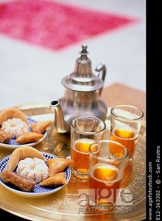 Moroccan Tea and cookies .... Yummy!!!!