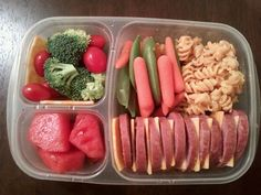 Wow..I am pretty sold on this....171 healthy lunch ideas that aren't all sandwiches. with pictures and descriptions.