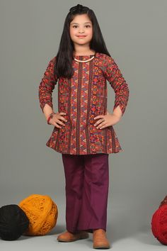 Top trendy and stylish Punjabi outfits designs for kids, latest and unique dresses designs for kids, top Punjabi dresses designs for baby girls, stylish baby girls frocks designs, unique and exclusive Punjabi frocks designs Baby Girl Dresses Diy, Baby Girl Frocks, Girls Dresses Sewing, Stylish Dresses For Girls, Frocks For Girls, Gowns For Girls, Girl Outfits, Baby Girls, Unique Dresses