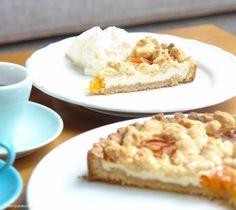 Aprikosen-Käse-Tarte mit Streuseln |