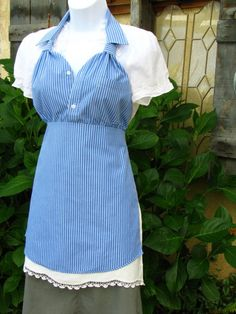 Upcycled Men's Dress Shirt Apron - Blue with White Pin Stripe Sewing Aprons, Sewing Clothes, Sewing Men, Men Clothes, Creative Halloween Costumes, Mode Style, Sewing Hacks, Shirt Dress, T Shirt
