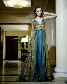 Peacock Evening Gown |   Zuhair Murad Haute Couture    No place to wear this but it is stunning!