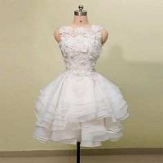 Mini Short Prom Dress Party Dress Exquisite Ball Gown Jewel Knee Length Lace Organza Homecoming Dress With Layers Inexpensive Homecoming Dresses, White Homecoming Dresses, Prom Dresses With Sleeves, Prom Dresses For Sale, A Line Prom Dresses, Evening Dresses, Short Dresses, Wedding Dresses, Dress Prom