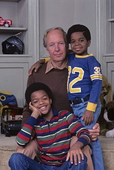 Conrad Bains (as Philip Drummond), Todd Bridges (as Willis Jackson) and Gary Coleman (as Arnold Jackson) ~ Diff'rent Strokes ~ Publicity Stills ~ Arnold Jackson, Todd Bridges, Diff'rent Strokes, My First Crush, Remember The Time, Classic Tv, Great Movies, American Actors, Movies