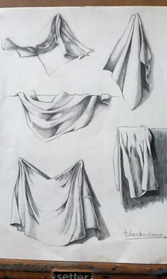 The complicated world of the drapery Drapery Drawing, Fabric Drawing, Painting & Drawing, Pencil Art Drawings, Art Drawings Sketches, Drawing Faces, Still Life Drawing, Still Life Art, Arte Sketchbook