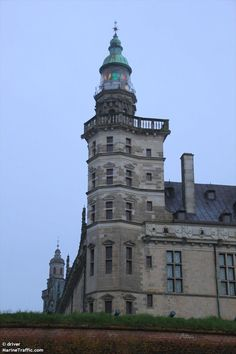 Kronborg lighthouse. Castle of Hamlet in Elsinore (Helsingør) Station was established in 1841 and the lighthouse was built in 1865. It was rebuilt in 1902.