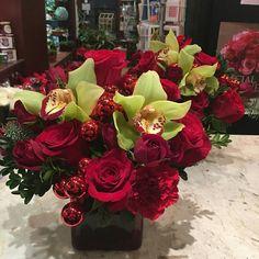Thank you all for a wonderful Christmas!  #florist #flowers #flowershop #mmflowers #white #colorful #princeton #nj #plainsboro #princetagram #christmas #arrangement #bouquet #green #gold #orchid #roses