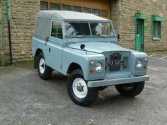 Land rover 88 Serie II A soft top. Nice to nice.