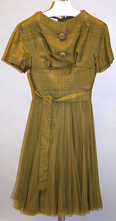 1959 to 61 James Galanos Cocktail dress Metropolitan Museum of Art, NY See more museum vintage dresses at http://www.vintagefashionandart.com/dresses