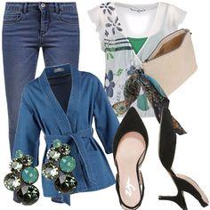 Semplice e pratico, basta poco. Un paio di jeans, magari i vostri preferiti, una camicetta morbida e una bella giacca di jeans, per concludere delle décolleté basse, orecchini non troppo vistosi e pochette con foulard!