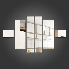 Espelho Decorativo Retângulos Personalizáveis Deixe seu ambiente mais bonito com este espelho decorativo em acrílico.Medidas Aproximadas: - 2 Retângulos Pequenos de 10x15 cm - 2 Retângulos Médios de 40x15 cmcm - 2 Retângulos Grandes de 49x10 cm