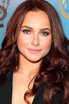 Perfect red brown hair colour - Auburn Hair- but with warm undertones instead of cool ones.