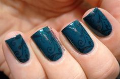 Love. Varnish, chocolate and more...: 31 Day Nail Art Challenge - Delicate Print Nails!