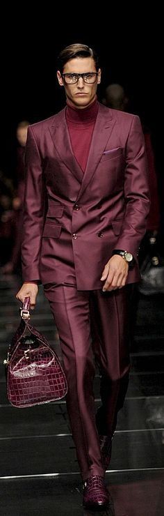 Hugo Boss | double breasted suit | burgundy | menswear | mens style | mens fashion