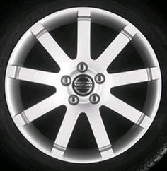 Sentinal 17 x 7.5 Volvo #9499038 (color 938 Silverstone), also Volvo #8682133 (color 941 Polished), Offset 49mm, 10.3 kg, stamped 9499039