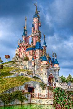 Sleeping Beauty Castle by azerinn.deviantart.com on @DeviantArt