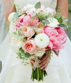 Garden flower wedding bouquets : http://www.fabmood.com/garden-flower-wedding-bouquets #weddingbouquet #wedding #weddings: