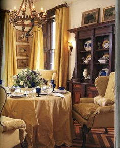 Delicious small dining room