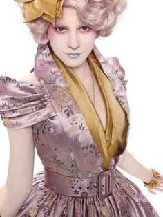 Effie Trinket - Call me crazy, but I LOVE her style.