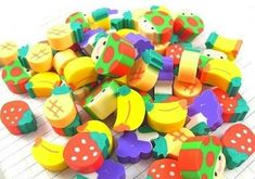 I have an eraser love problem because of my childhood. Childhood Memories 90s, Childhood Toys, Vintage Toys, Retro Vintage, 90s Toys, 80s Kids, School Supplies, 90s Nostalgia, Stationery