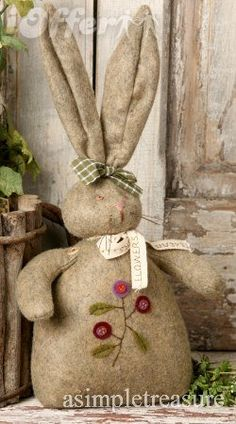 primitive stand up bunny
