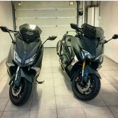 "1,442 mentions J'aime, 6 commentaires - Tmax Nation- N°1#  Fans Page (@yamaha_tmax_nation) sur Instagram : ""Tmax530 🔱🔥🔱 The King And His New Challenger 🔸DX🔸🔝💣🔝 ➖➖➖➖➖➖➖➖➖➖➖➖➖➖➖➖➖➖➖ The L💝ve that unites All of…"""