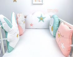Tour de lit bébé, animaux de la forêt Baby Cot Bumper, Crib Bumpers, Baby Raccoon, Animal Cushions, Pregnancy Pillow, Baby Bedding Sets, Baby Safety, Sewing Toys, Forest Animals