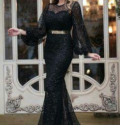 Ankara Blouse, Hijab Fashion, Pretty Dresses, Dress Skirt, Robes, Blouses, Wedding Planning, Hats, Pretty Homecoming Dresses