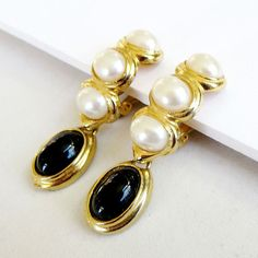 Vintage Faux White Pearls and Black Lucite by MyVintageJewels