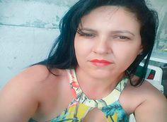 Mulher é morta a facadas pelo ex-namorado http://www.passosmgonline.com/index.php/2014-01-22-23-07-47/policia/10467-mulher-e-morta-a-facadas-pelo-ex-namorado