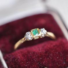 Emerald / Diamond / 18k / Platinum