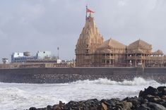 Attractive Temples in India – Somnath Temple, Sun Temple and Golden Temple