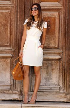 Add a dose of style to your 9 to 5 schedule with these cute summer work outfits and look incredible wether your office is super-casual or all-business. Summer Work Fashion, Casual Work Outfit Summer, Summer Work Dresses, Casual Work Dresses, Spring Work Outfits, Work Dresses For Women, Business Casual Outfits, Work Casual, Style Summer