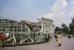 1962 Bob's Rollercoaster at Riverview Park Chicago - (closed in 1967)  Chicago's history