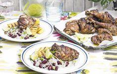De marinade is geïnspireerd op de klassieke Jamaicaanse marinade die wordt gebruikt voor Jerk Pork. Je kunt de kip en ananas voor dit gerecht zowel o...