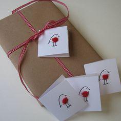 christmas robin tags by penny lindop designs   notonthehighstreet.com
