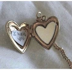 Estilo Dandy, My Vibe, Swagg, Cute Jewelry, Aesthetic Pictures, Just In Case, Heart Shapes, Heart Ring, Amethyst
