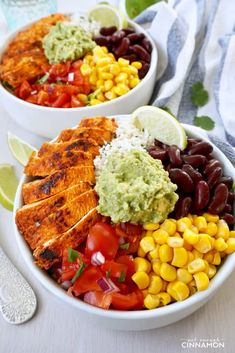 Chipotle s Chicken Burrito Bowl with Cilantro Lime Cauliflower Rice glutenfree cleaneating mexican Chicken Burrito Bowl, Chicken Burritos, Burrito Bowls, Chicken Casserole, Chipotle Chicken, Marinated Chicken, Mustard Chicken, Cilantro Lime Cauliflower Rice, Roasted Cauliflower