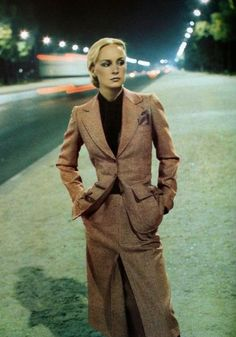 Sirpa Lane in Yves Saint Laurent, photo Helmut Newton, Vogue Paris September 1975