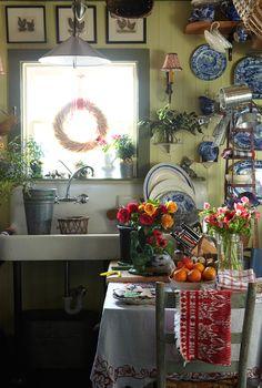 Cottage kitchen!