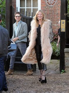 Kate Moss is off to the Cotswolds for her 41st Birthday   Kate Moss Universe