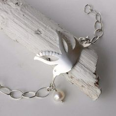 For lovers of birds and bees and hummingbird jewellery